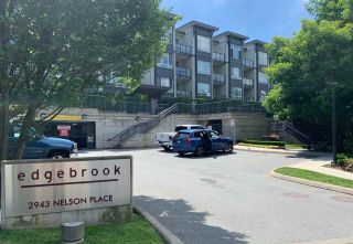 """Photo 10: 210 2943 NELSON Place in Abbotsford: Central Abbotsford Condo for sale in """"EDGEBROOK"""" : MLS®# R2378883"""