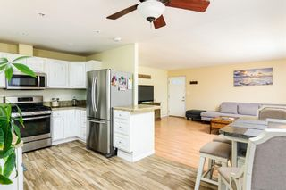 Photo 8: CLAIREMONT House for sale : 3 bedrooms : 7061 Arillo St in San Diego