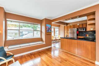 """Photo 19: 9279 GOLDHURST Terrace in Burnaby: Forest Hills BN Townhouse for sale in """"Copper Hill"""" (Burnaby North)  : MLS®# R2466536"""