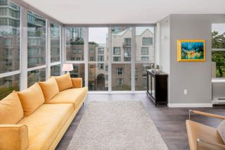 """Photo 14: 501 1255 MAIN Street in Vancouver: Mount Pleasant VE Condo for sale in """"STATION PLACE by BOSA"""" (Vancouver East)  : MLS®# R2213823"""