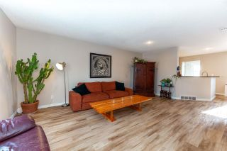 Photo 3: 7 5281 TERWILLEGAR Boulevard in Edmonton: Zone 14 Townhouse for sale : MLS®# E4229393