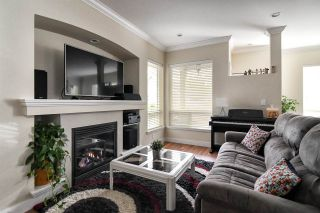 Photo 5: 18976 67A Avenue in Surrey: Clayton House for sale (Cloverdale)  : MLS®# R2319909