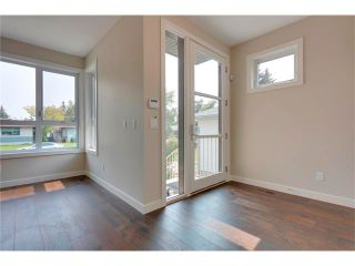 Photo 8: 3715 43 Street SW in Calgary: Glenbrook House for sale : MLS®# C4027438