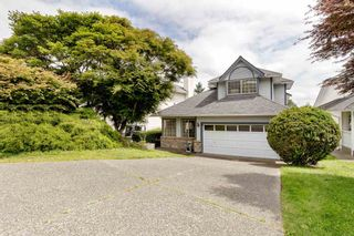 """Photo 2: 1262 GATEWAY Place in Port Coquitlam: Citadel PQ House for sale in """"CITADEL"""" : MLS®# R2474525"""