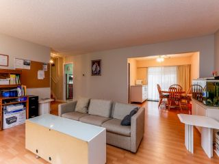 Photo 5: 14435 CHARTWELL Drive in Surrey: Bear Creek Green Timbers House for sale : MLS®# F1402457