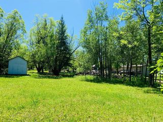 Photo 3: 47 Awanipark Drive in Pinawa: Awannipark Residential for sale (R18)  : MLS®# 202111978