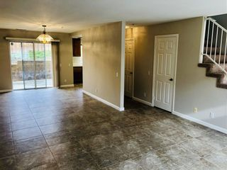 Photo 3: VISTA Townhouse for sale : 3 bedrooms : 1424 Janis Lynn Ln