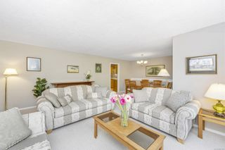 Photo 4: 8574 Kingcome Cres in : NS Dean Park House for sale (North Saanich)  : MLS®# 887973