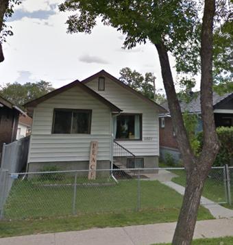 Main Photo: 11321 97 Street in Edmonton: House for rent