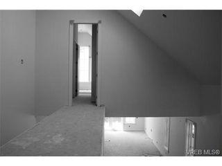 Photo 4: 142 St. Andrews St in VICTORIA: Vi James Bay Half Duplex for sale (Victoria)  : MLS®# 704091