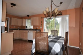 Photo 3: 2803 Derwent Ave in : CV Cumberland House for sale (Comox Valley)  : MLS®# 870581