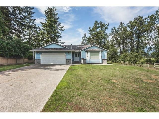 Main Photo: 42125 RATZLAFF Road: Yarrow House for sale : MLS®# R2606108