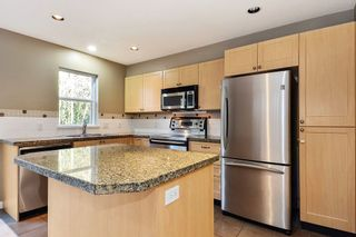 Photo 6: 145 15168 36 AVENUE in South Surrey White Rock: Home for sale : MLS®# R2325399