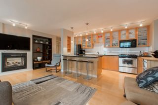 """Photo 4: 2603 969 RICHARDS Street in Vancouver: Downtown VW Condo for sale in """"Mondrian 2"""" (Vancouver West)  : MLS®# R2135133"""