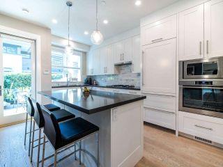 Photo 11: 2070 FULTON Avenue in West Vancouver: Ambleside 1/2 Duplex for sale : MLS®# R2488830