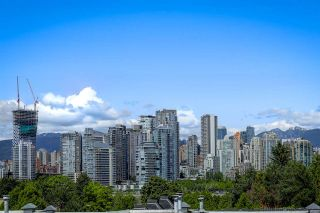 """Main Photo: 4 973 W 7TH Avenue in Vancouver: Fairview VW Condo for sale in """"SEAWINDS"""" (Vancouver West)  : MLS®# R2273280"""