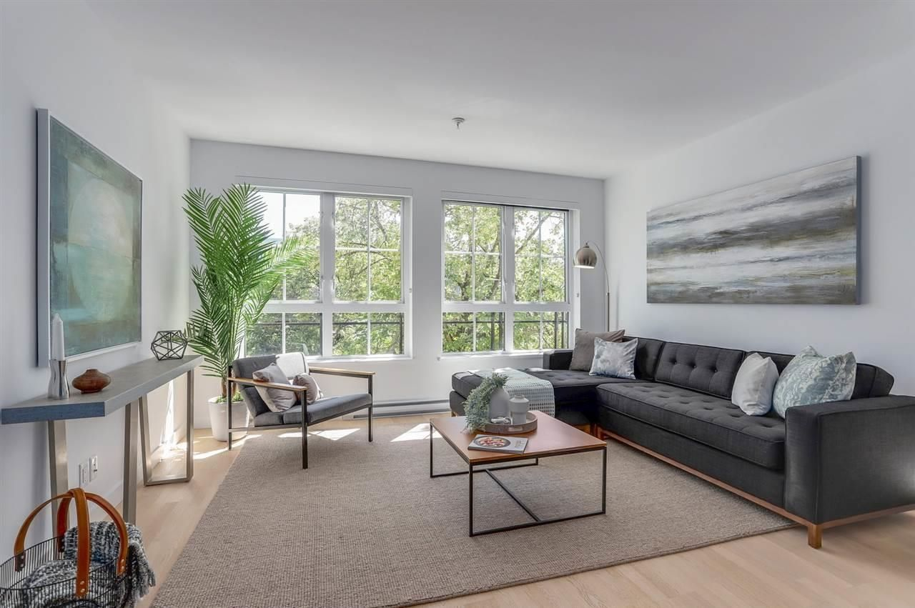 """Main Photo: 308 2468 BAYSWATER Street in Vancouver: Kitsilano Condo for sale in """"BAYSWATER"""" (Vancouver West)  : MLS®# R2614207"""