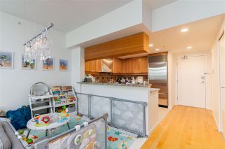 Photo 9: 1057 MARINASIDE Crescent in Vancouver: Yaletown Townhouse for sale (Vancouver West)  : MLS®# R2489973