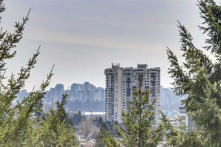 "Photo 2: 1011 2004 FULLERTON Avenue in North Vancouver: Pemberton NV Condo for sale in ""Woodcroft Estates"" : MLS®# R2551457"