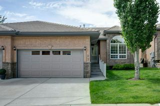 Main Photo: 27 Shannon Estates Terrace SW in Calgary: Shawnessy Semi Detached for sale : MLS®# A1115373