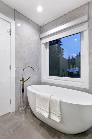 Photo 25: 3885 SUNSET Boulevard in North Vancouver: Edgemont House for sale : MLS®# R2617512