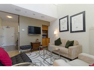 """Photo 2: THB 1207 MARINASIDE Crescent in Vancouver: Yaletown Townhouse for sale in """"The Peninsula"""" (Vancouver West)  : MLS®# V1046022"""