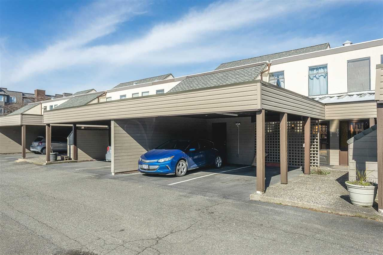 Main Photo: 105 45875 CHEAM Avenue in Chilliwack: Chilliwack W Young-Well Townhouse for sale : MLS®# R2548383