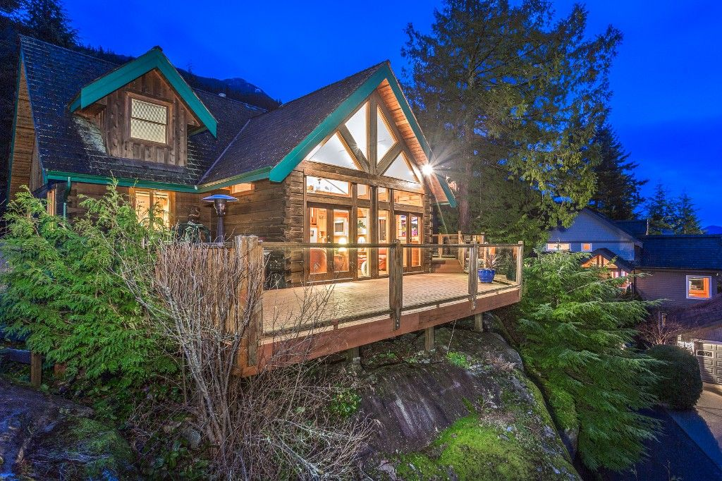 Main Photo: 199 FURRY CREEK DRIVE: Furry Creek House for sale (West Vancouver)  : MLS®# R2042762