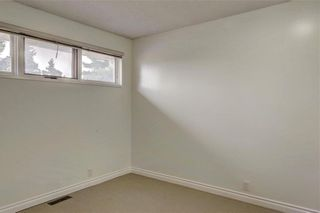Photo 14: 43 STRATHEARN Crescent SW in Calgary: Strathcona Park Detached for sale : MLS®# C4183952