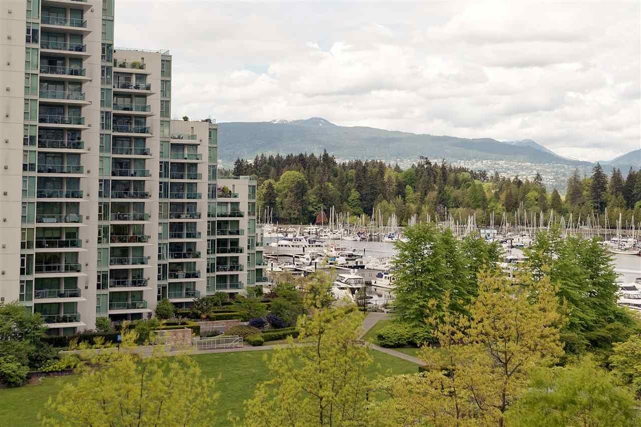 "Main Photo: 701 1650 BAYSHORE Drive in Vancouver: Coal Harbour Condo for sale in ""BAYSHORE GARDENS"" (Vancouver West)  : MLS®# R2304976"