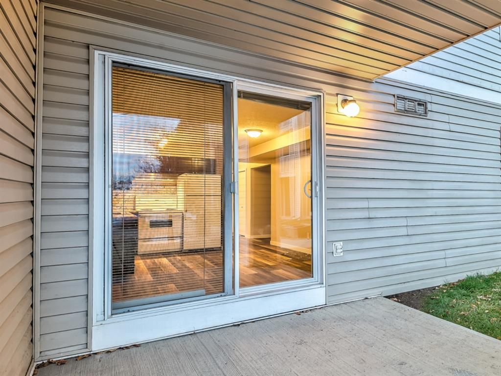 Photo 10: Photos: 112 1717 60 Street SE in Calgary: Red Carpet Apartment for sale : MLS®# A1050872