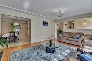 "Photo 5: 13809 HARPER Road in Surrey: Bolivar Heights House for sale in ""Bolivar Heights"" (North Surrey)  : MLS®# R2610166"