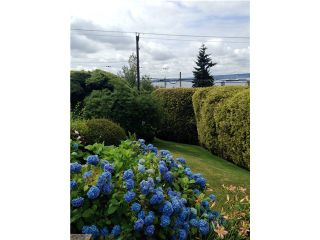 """Photo 6: 2095 MATHERS Avenue in West Vancouver: Ambleside House for sale in """"AMBLESIDE"""" : MLS®# V1078754"""