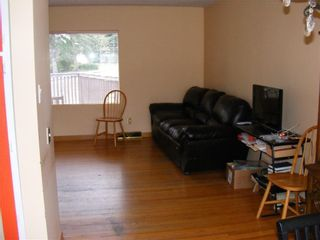 Photo 5: 20 COLLINGWOOD Place NW in Calgary: Collingwood Detached for sale : MLS®# C4291070
