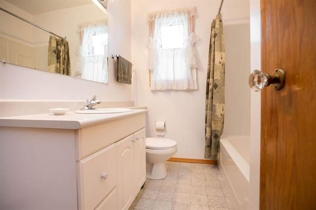 Photo 8: Photos: 46 Havelock Avenue in Winnipeg: Residential for sale (2D)  : MLS®# 1914025