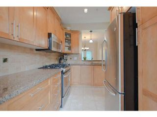 Photo 5: # 2 3150 SUNNYHURST RD in North Vancouver: Lynn Valley Condo for sale : MLS®# V1028127