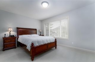 Photo 16: 242 STRATHRIDGE Place SW in Calgary: Strathcona Park Detached for sale : MLS®# C4246259