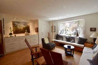 Photo 3: 315 E 17TH Avenue in Vancouver: Main House for sale (Vancouver East)  : MLS®# R2286079