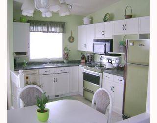 Photo 2: 80 TU-PELO Avenue in WINNIPEG: East Kildonan Residential for sale (North East Winnipeg)  : MLS®# 2802642