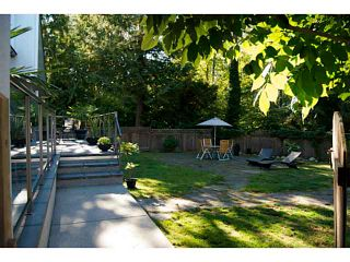Photo 2: 1766 EVELYN Street in North Vancouver: Lynn Valley House for sale : MLS®# V1139404