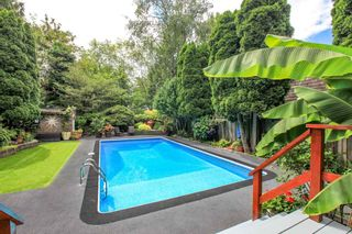 """Photo 18: 7942 LIMEWOOD Place in Vancouver: Champlain Heights Townhouse for sale in """"WOODLANDS"""" (Vancouver East)  : MLS®# R2291596"""
