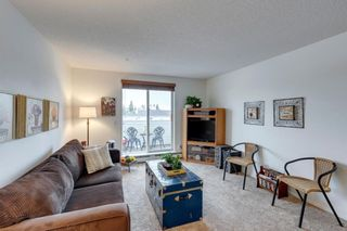 Photo 3: 304 9 Country Village Bay NE in Calgary: Country Hills Village Apartment for sale : MLS®# A1117217