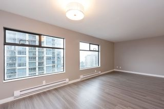 "Photo 3: 1008 615 BELMONT Street in New Westminster: Uptown NW Condo for sale in ""BELMONT TOWERS"" : MLS®# R2329044"
