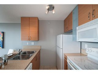 """Photo 6: 2003 909 MAINLAND Street in Vancouver: Yaletown Condo for sale in """"Yaletown Park 2"""" (Vancouver West)  : MLS®# V1079716"""