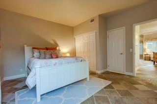 Photo 10: PACIFIC BEACH Townhouse for sale : 3 bedrooms : 1160 Pacific Beach Dr in San Diego