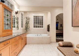 Photo 8: 1214 20 Street NW in Calgary: Hounsfield Heights/Briar Hill Detached for sale : MLS®# A1090403
