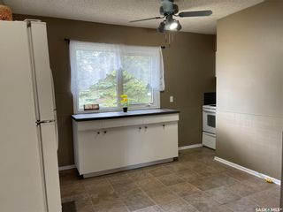 Photo 10: 410 Centre Street in Middle Lake: Residential for sale : MLS®# SK854846