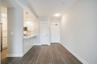 """Photo 4: 4410 2180 KELLY Avenue in Port Coquitlam: Central Pt Coquitlam Condo for sale in """"Montrose Square"""" : MLS®# R2614881"""