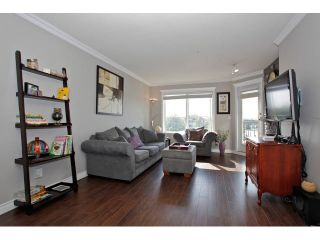 """Photo 3: 403 5759 GLOVER Road in Langley: Langley City Condo for sale in """"COLLEGE COURT"""" : MLS®# F1442596"""