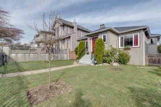 Photo 2: 3127 GRAVELEY STREET in Vancouver: Renfrew VE House for sale (Vancouver East)  : MLS®# R2362345